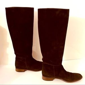 BROWNS COUTURE CHOCOLATE SUEDE K EE BOOTS